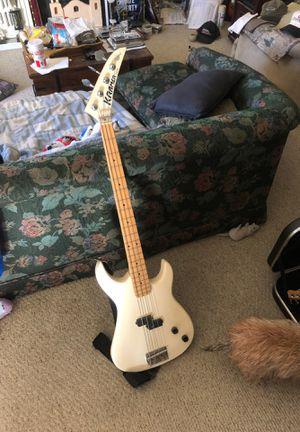 21 fret Kramer bass guitar for Sale in Thornton, CO