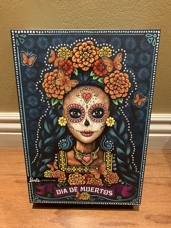 Barbie Dia De Los Muertos - Day of The Dead Doll In Hand