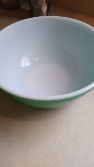 Medium size 403 Pyrex green bowl for Sale in Charlotte, NC