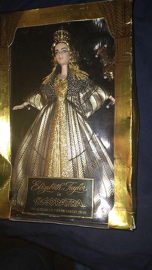 1999 Elizabeth Taylor in Cleopatra Barbie Doll. for Sale in Smyrna, TN