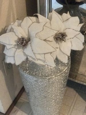Beautiful 3 pc set of velvet gold floral stems for Sale in Modesto, CA