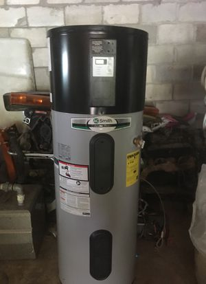 Hybrid water heater for Sale in Ashland City, TN