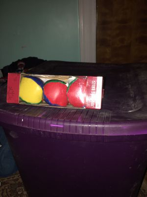 Juggling balls for Sale in Williamston, NC