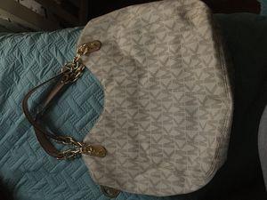 Mk purse for Sale in Modesto, CA