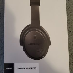 BOSE On-Ear Wireless Headphones for Sale in Oceanside, CA