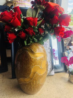 Big gold vase bambú for Sale in Cape Coral, FL