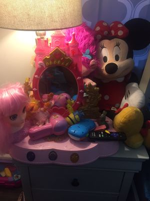 Kid toys Princess mirror for Sale in Queens, NY
