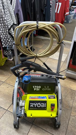 Premium electric pressure washer 1700PSI for Sale in Los Angeles, CA