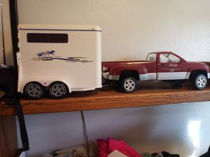 Breyer Traditional size Dodge dually and horse trailer for Sale in Tacoma, WA