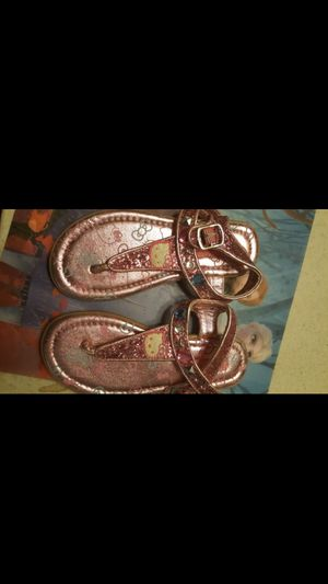 BRAND NEW GIRLS HELLO KITTY SANDALS SIZE 13 for Sale in Rancho Cucamonga, CA