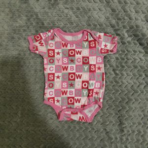 Dallas Cowboys Authentic Onesies Babygirl 6 Months for Sale in Round Rock, TX