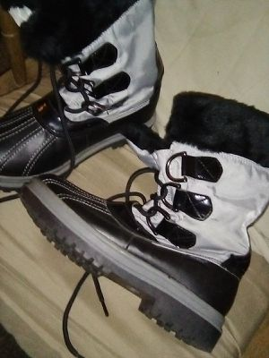Khombu boots for Sale in Fresno, CA