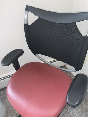 Office chair for Sale in Medina, OH