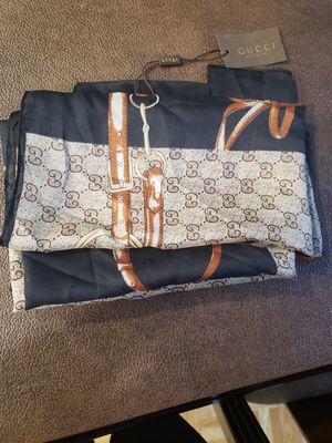 Gucci scarf for Sale in Irving, TX