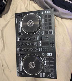 ROLAND 202 DJ CONTROLLER for Sale in Tempe, AZ