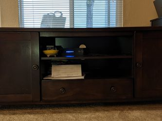 60'' TV stand for Sale in Bellevue,  WA