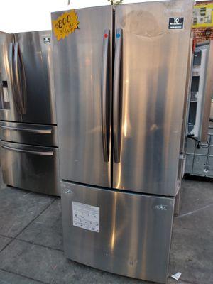30 width Samsung French door Refrigerator for Sale in San Clemente, CA