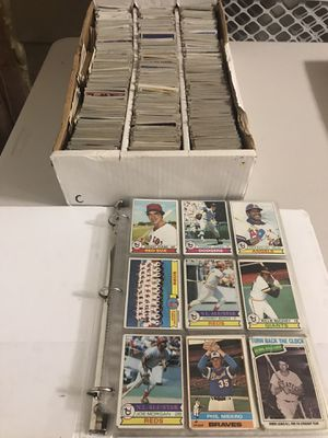 Lot #2: Nice collection of vintage baseball and football cards for Sale in Rockville, MD