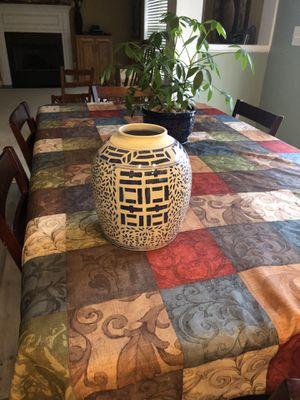Vintage Oriental flower vase for Sale in Boiling Springs, SC