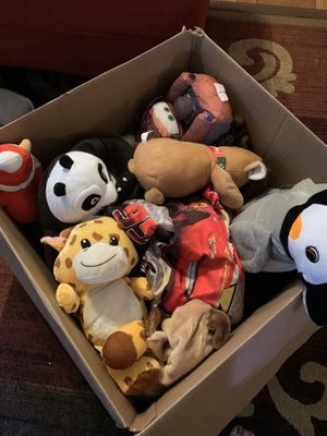Box of stuffed animals for Sale in Alexandria, VA
