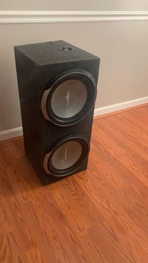 Car subwoofers with amplifier for Sale in Belcamp, MD