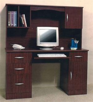 MAHOGANY DESK WITH DRAWERS AND STORAGE CABINET for Sale in Miami, FL