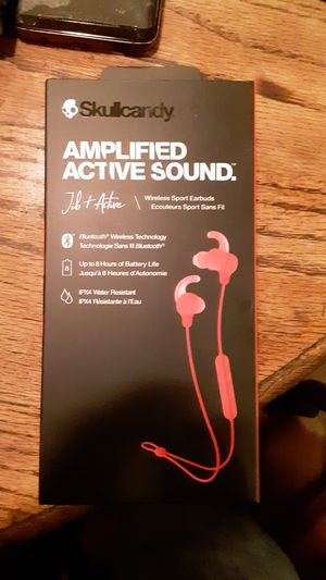 Skullcandy Wireless Amplified Active Sound Earbuds for Sale in Fresno, CA