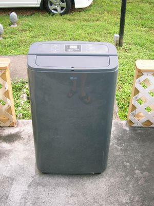 LG 12,000 BTU AC Portable Room Cooling Air Conditioner Floor Unit for Sale in Davie, FL