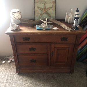 Great Old Dresser for Sale in Hoquiam, WA