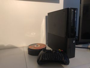 Xbox 360 games and controls for Sale in Key Biscayne, FL