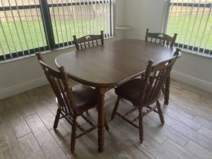 Very nice kitchen table hard wood for Sale in Melbourne, FL