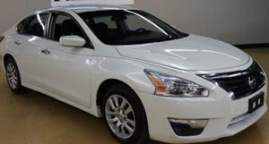 2014 Nissan Altima LOW DOWN for Sale in Houston, TX