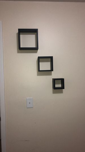 Wall shelves 3 piece for Sale in Chicago, IL