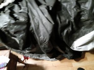 Harley Davidson motorcycle cover like brand new. No tears snags will cover the biggest bike they make why ease. for Sale in Denver, CO
