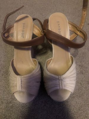 Wedges $2 for Sale in Bakersfield, CA