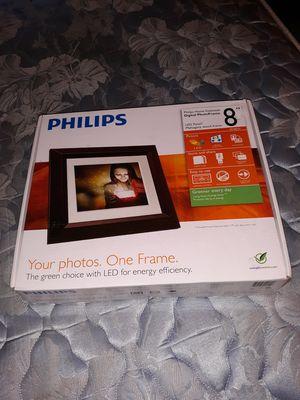 Digital photo frame for Sale in Davenport, IA