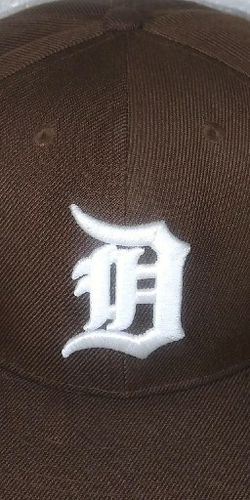 Brown Detroit tigers hat Fitted for Sale in Fresno,  CA