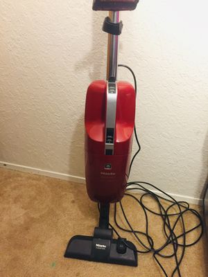 Miele Quickstep Vacuum Cleaner for Sale in Tacoma, WA