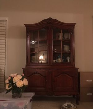 Antique cabinet/bookcase for Sale in Woodbridge, VA