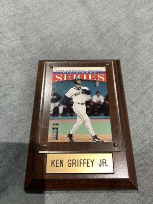 Ken Griffey Jr baseball card for Sale in Hialeah, FL