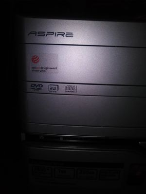 Computer in good shape. Great for parts. for Sale in St. Louis, MO