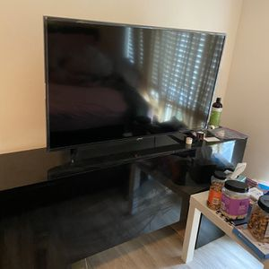 40 Inch Smart TV for Sale in Tampa, FL