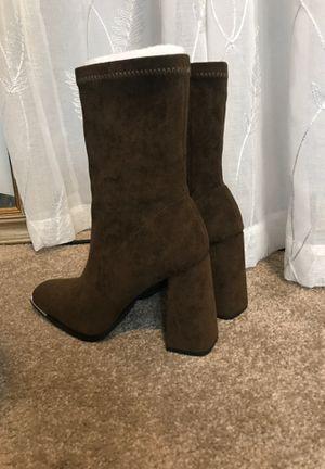 Dark brown boots for Sale in Wilmington, CA