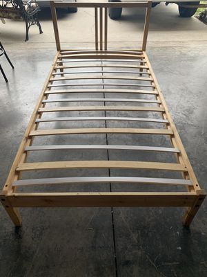 Twin size IKEA bed for Sale in Kissimmee, FL