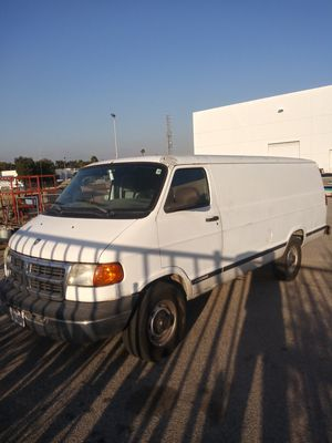 2001 dodge ram 3500 for Sale in Fontana, CA
