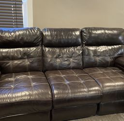 Free Leather Couches And Table for Sale in Dearborn,  MI