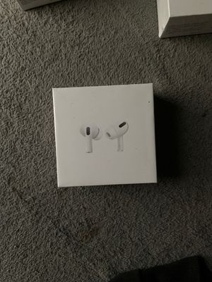 AirPod pros for Sale in Cleveland, OH