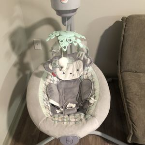 Jungle Baby Swing for Sale in Dade City, FL