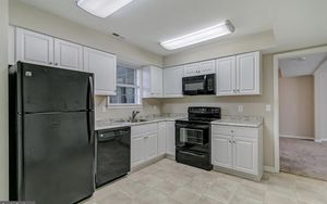 Complete set of black appliances whirlpool great shape!! for Sale in Annapolis, MD
