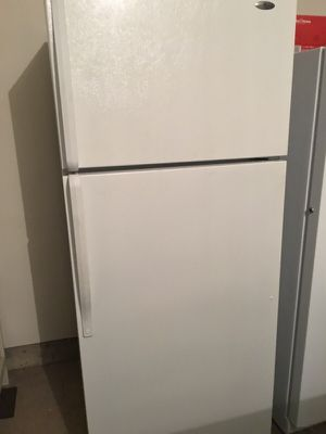 Barely used! Still white no dents! Flawless refrigerator for Sale in Fairfax, VA